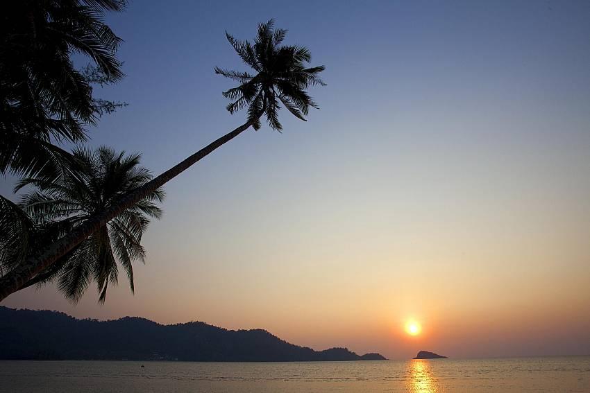 The sea at evening Of Koh Chang View Villa