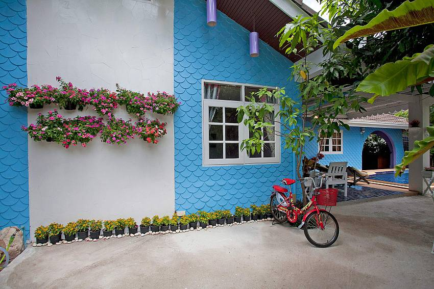 Parking Of Jomtien Paradise Villa