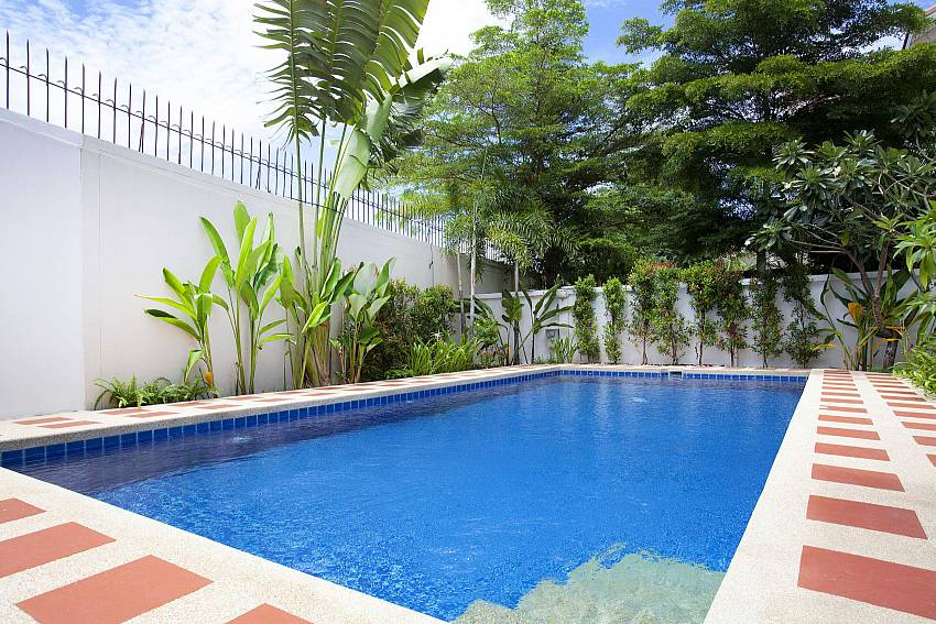 Private pool at Jomtien Summertime Villa A in South Pattaya