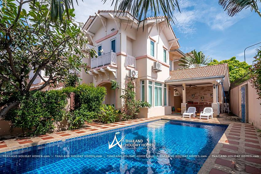 Jomtien Summertime Villa A | 4 Bed Pool House in Jomtien South Pattaya