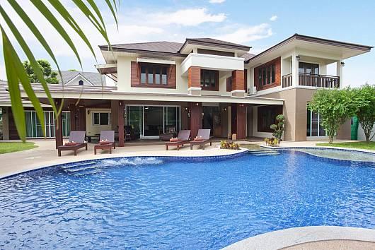 Rent Chiang Mai Villa: Lanna Karuehaad Villa, 8 Bedrooms. 21976 baht per night