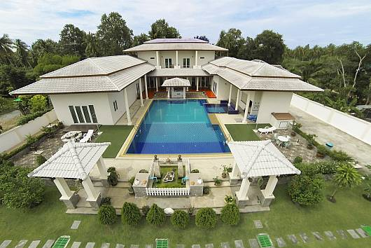 Rent Pattaya Villa: Huay Yai Manor, 7Bed, 7 Bedrooms. 17456 baht per night