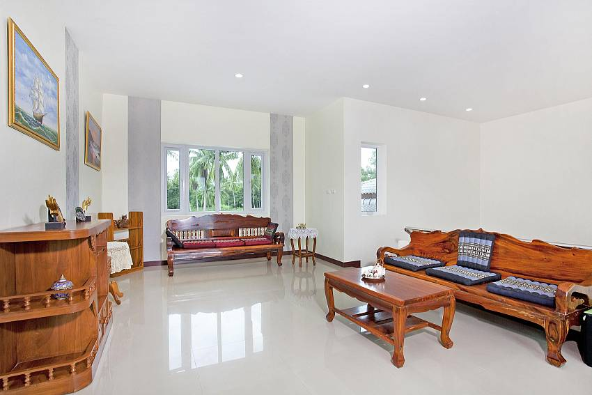 Living room views Of Huay Yai Manor