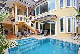 Peaceful 7Br Pool Villa With Games Room in East Pattaya