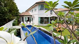 Wonder Villa A - 4 Bed - Bright House in Central Pattaya