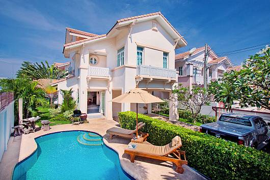 Rent Pattaya Villa: Jomtien Ascension A, 3 Bedrooms. 6525 baht per night