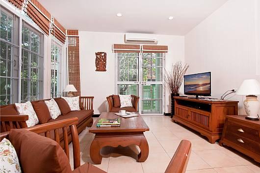 Rent Pattaya Villa: Jomtien Ascension B, 3 Bedrooms.  baht per night