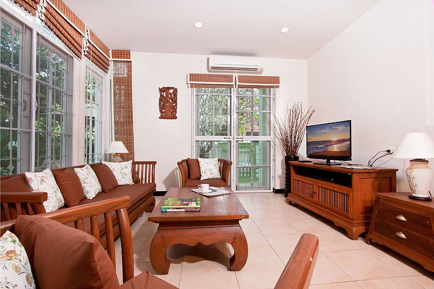 Living room with TV Of Jomtien Ascension B