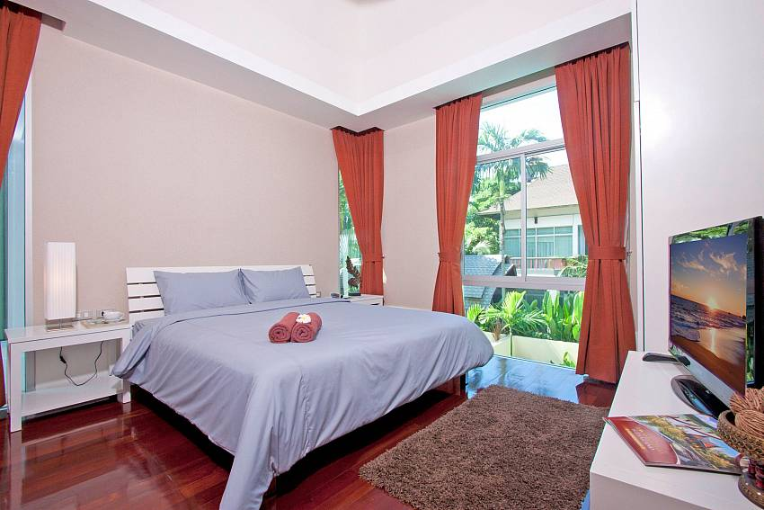 Jomtien Waree 4 4 Bed Pool Rental Near Na Jomtien Beach
