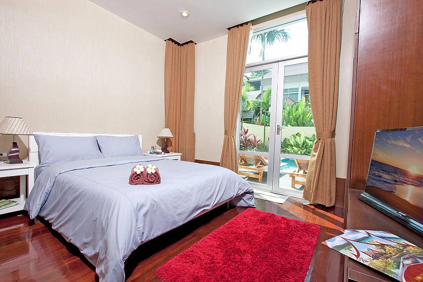 Bedroom overlooking outside Of Jomtien Waree 4 (Third)