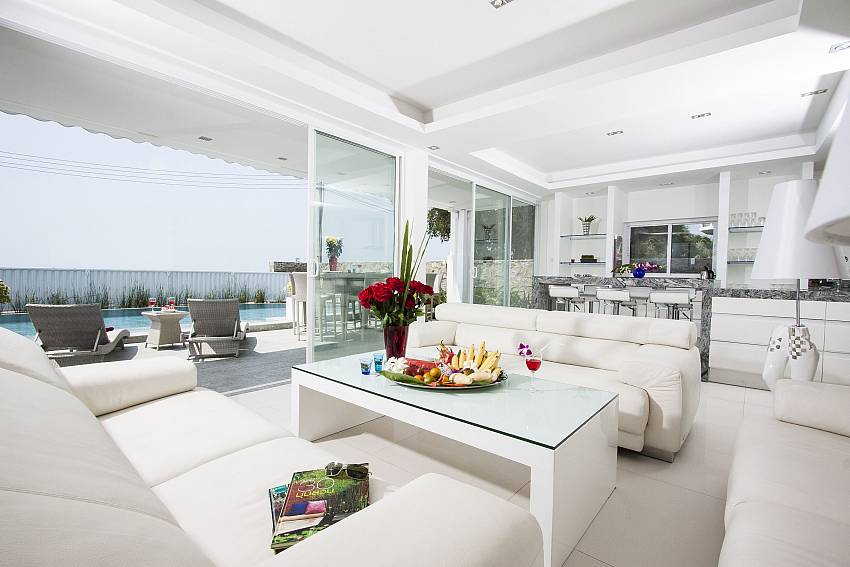 Living room in the house see views Of Na Jomtien Beachfront Villa