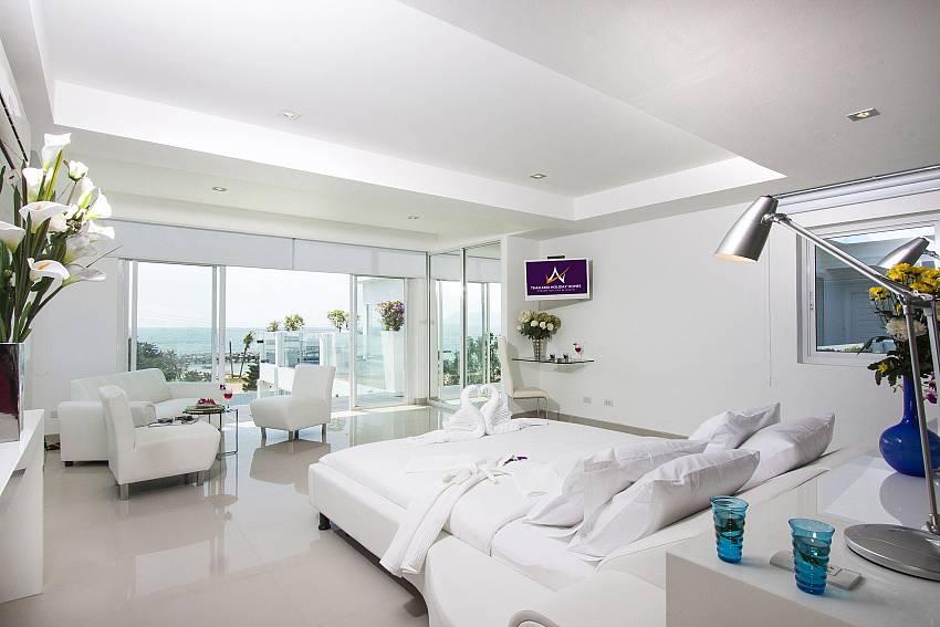 Bedroom see views with sofa Of Na Jomtien Beachfront Villa (Second)