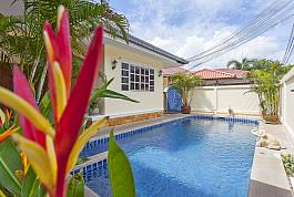 5Br Villa With Private Pool and Jacuzzi Jomtien Beach Pattaya