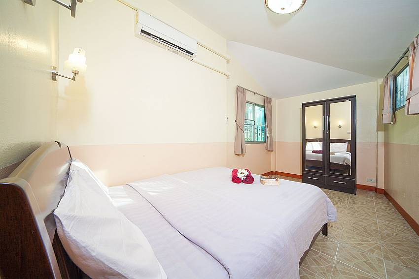 Double bedroom at Baan Chokdee in Jomtien South Pattaya
