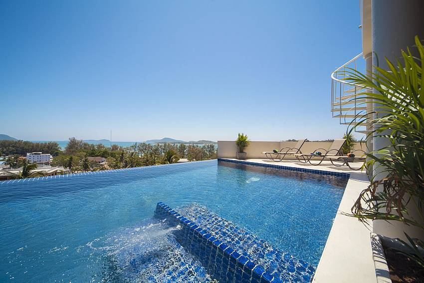 Swimming pool Of View Peche Villa