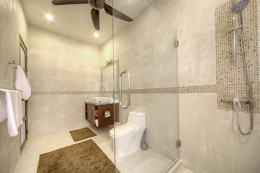 Shower with shower Of View Peche Villa
