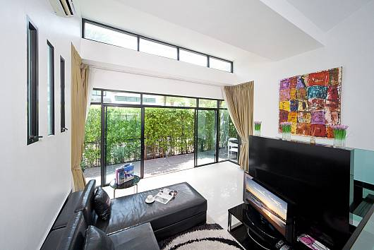 Rent Phuket Villas: Villa Chabah - 3 Bed - Located in a Very Private Gated Community with Other 5 Villas, 3 Bedrooms. 7884 baht per night