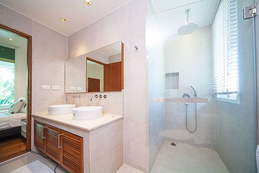 Modern style bathroom at Villa Romeo in Kamala West Phuket