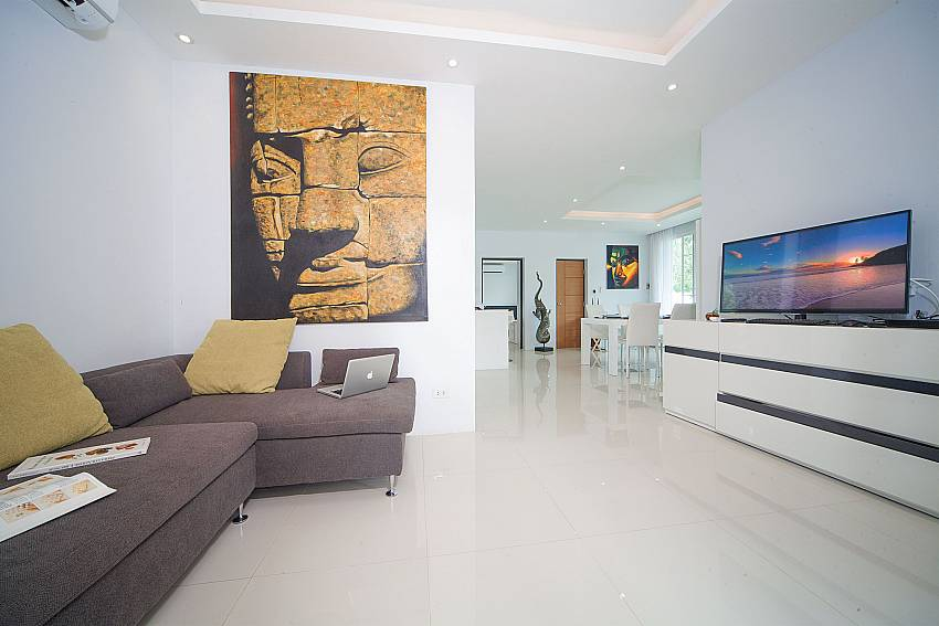 Lounge with flat screen TV in Villa Juliet West Phuket