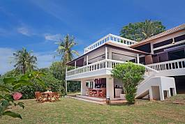 Villa Anantinee - 3 Bed - Oceanfront Villa in Rawai, Thailand Holiday Homes - Villas for rent in Pattaya, Phuket, Koh Samui
