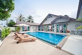 Воздушная дакшери-вилла с 5-ю спальнями и собственным бассейном возл пляжа Най Янг на тропическом острове Пхукет
