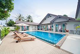 Villa Naiyang | 5 Bed Property with Private Pool Nai Yang in Phuket