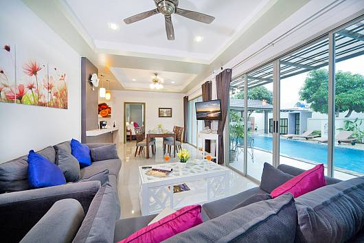 Rent Phuket Villas: Villa Naiyang, 5 Bedrooms. 10662 baht per night