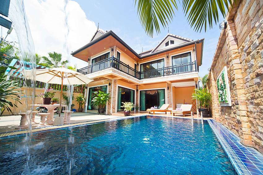 Swimming pool with the house Of BangTao Tara Villa 2