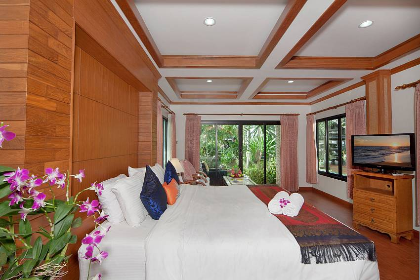 Large bedroom overlooking outside Of BangTao Tara Villa 1 (First)