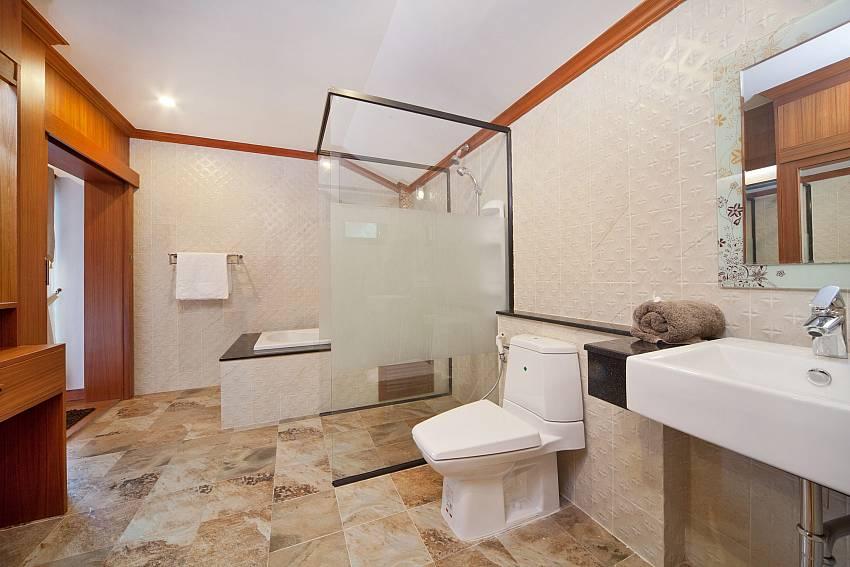 Toilet Of BangTao Tara Villa 3