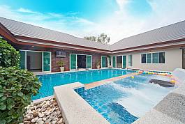 6 Bedroom Pool Villa With Games and Karaoke Room Huay Pattaya