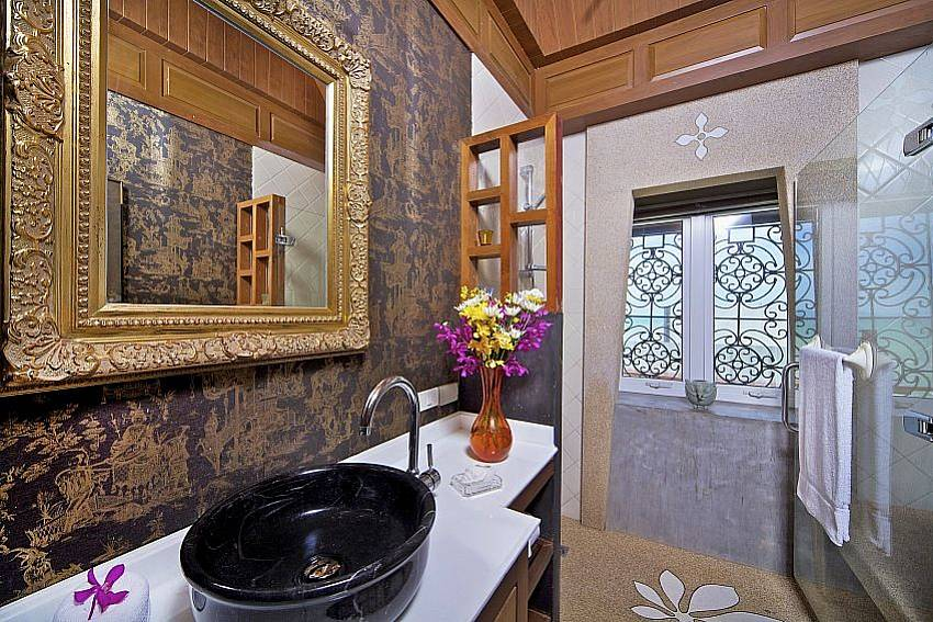 Bathroom Villa Haven