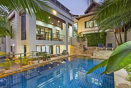 Angels Villa 5 Bed Modern Pratumnak Villa with Private Pool in Pattaya - Thailand Holiday Homes