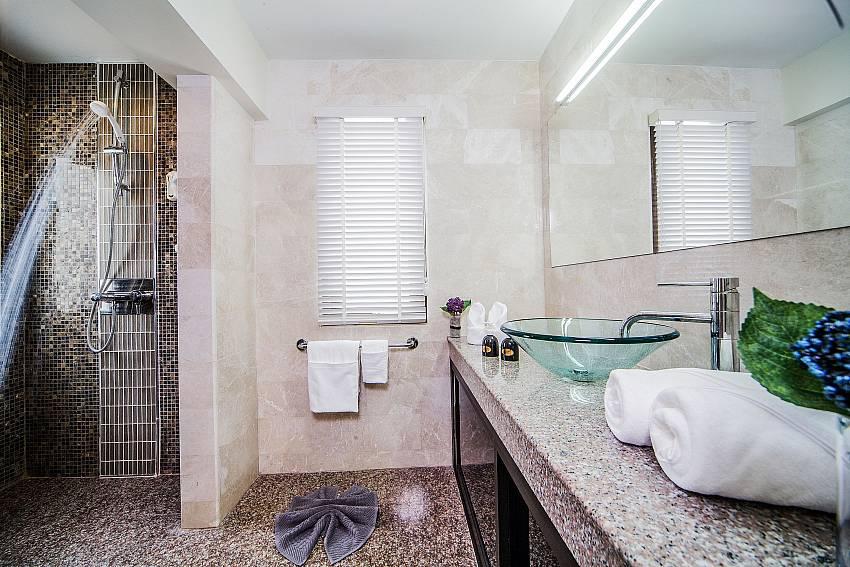 Bathroom with basin wash Of Angels Villa