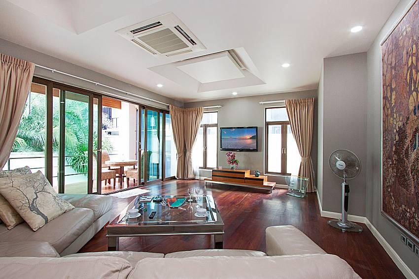Living room Angels Villa on Pratumnak Hill
