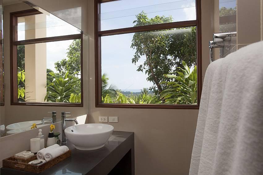 Basin wash views Of Cape Summitra Villa