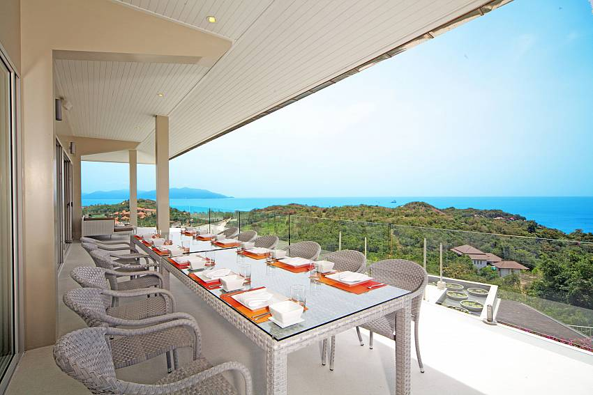 Dinning table outdoor Of Summitra Villa No.3
