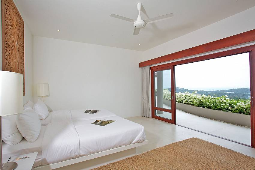 Bedroom can walk to the balcony Of Summitra Panorama Villa (Third)