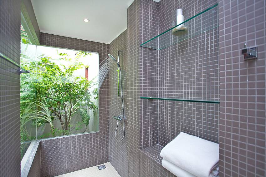 Shower with shelves outdoor Of Summitra Panorama Villa