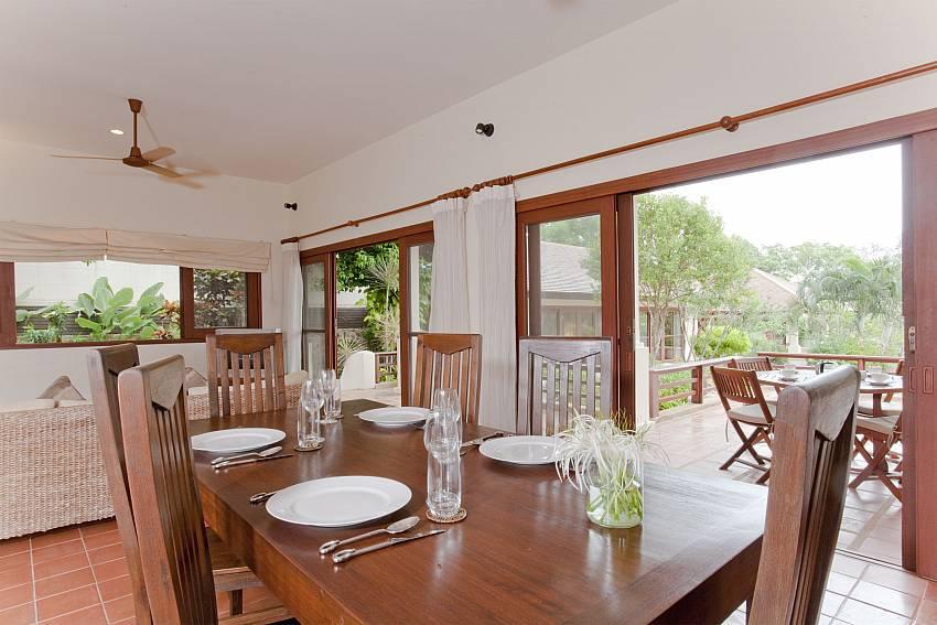 Dinning table Of Summitra Pavilion Villa No.10