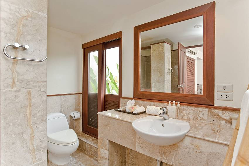 Toilet with basin wash Of Summitra Pavilion Villa No.10