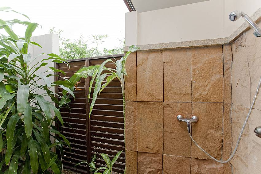 Shower outdoor Of Summitra Pavilion Villa No.10