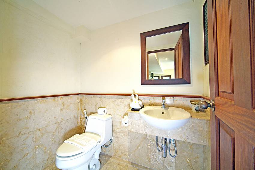 Toilet with basin wash Of Summitra Pavilion Villa No.7