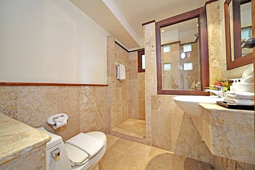 Toilet with shower Of Summitra Pavilion Villa No.7