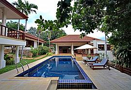 Summitra Pavilion Villa No.9 – Villa moderne 3 chambres avec piscine à flanc de colline, Koh Samui