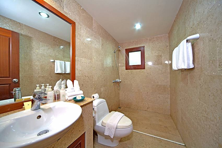 Basin wash with toilet Of Summitra Pavilion Villa No. 9