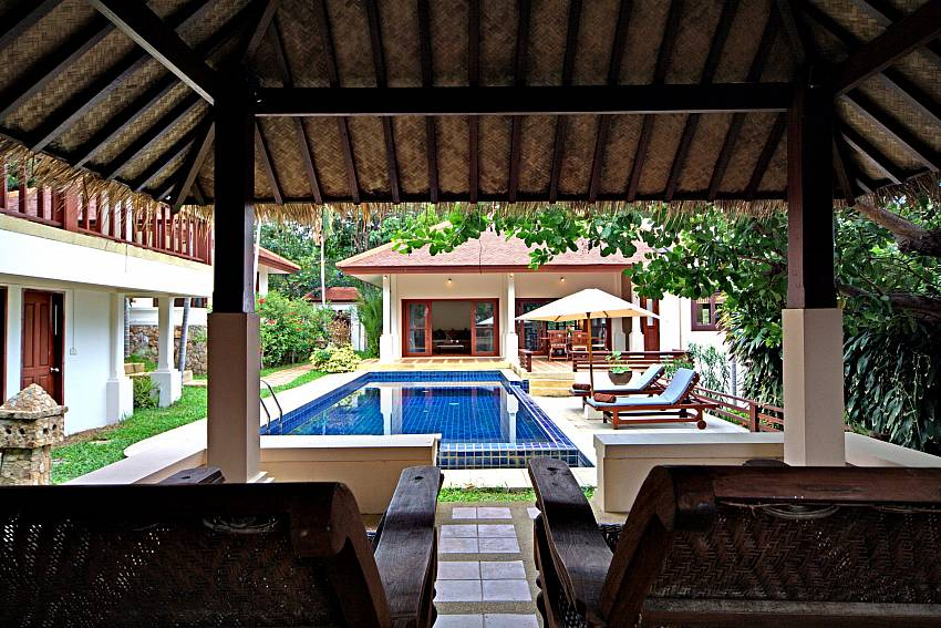 Day beds in the Thai pool pavilion at Summitra Pavilion Villa No. 9 Koh Samui