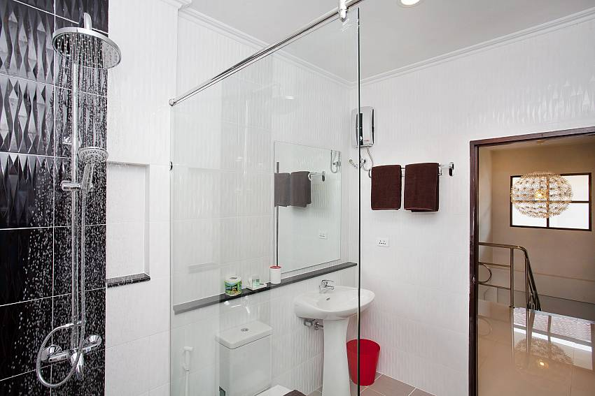 Top modern bathrooms with rain shower at Debonair Grande Jomtien Pattaya