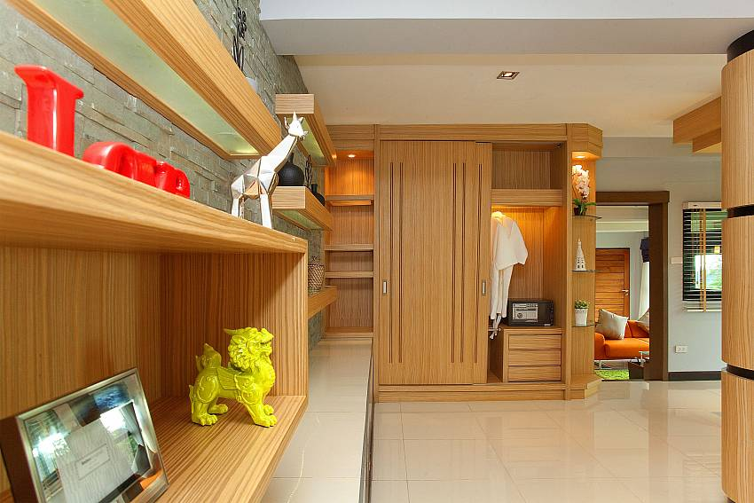 Dressing with shelves Of Krabi Sunset Hill Villa