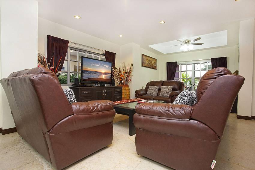 Living Room-Baan Duan_Jomtien Beach_Pattaya_Thailand